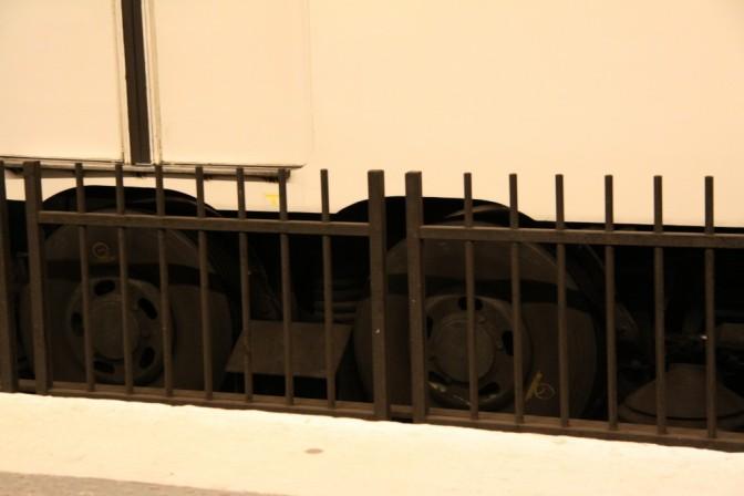 Metrovaunun kumipyörät