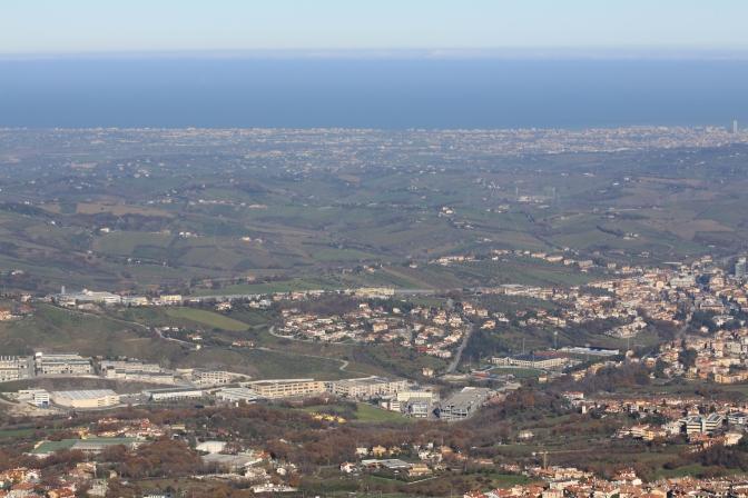 Maisemaa Riminille päin. Aigeianmerta näkyvissä!