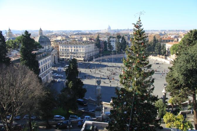 Kiipesimme vähintään 100 000 rappusta päästäksemme puistoon ;) Näkyvä Piazza Popololle