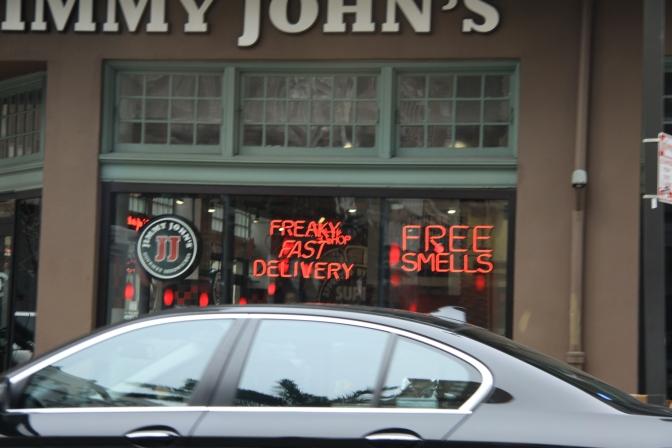 Jimmy John's mainostaa, että ruuan tuoksu ei maksa mitään :)