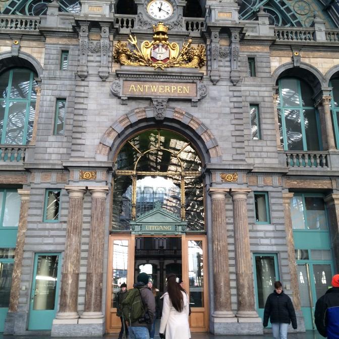 Antwerpenin rautatieasema
