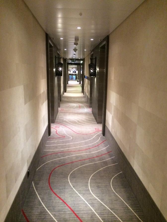 Hotellin käytävä