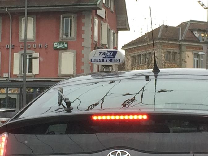 Lausannelaista taksikupumallistoa