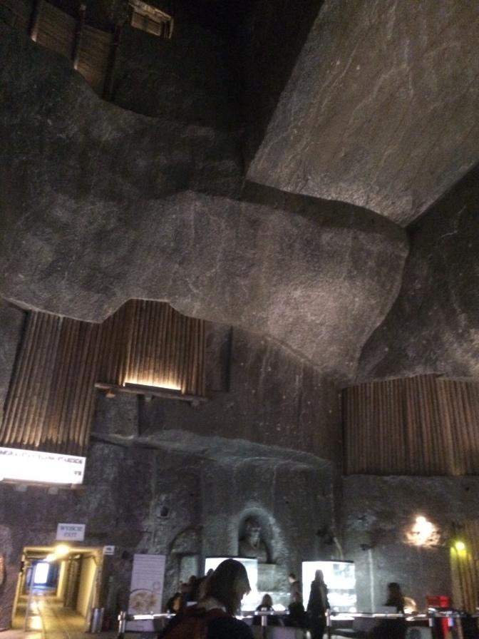 Tässä tilassa on tehty kaksi Guinessin ennätyskirjan ennätystä. Täällä on hypätty maailman syvimmällä maan alla tehty benji-hyppy ja täällä on lennätetty kuumailmapalloa syvimmällä maan pinnan alla. Tosin pallolla kuulemma noustiin vain 2 metriä, mutta noustiinpa kumminkin.