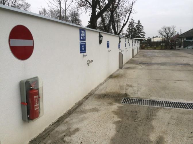 Grazissa vedet ja likavedet hoidettiin ensiluokkaisen hienosti ja kätevästi ajaen seinän viereen.