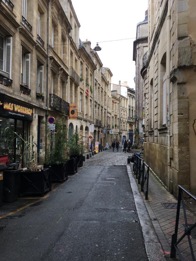 Bordeauxin kapeita katuja.