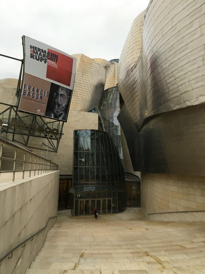 Museon sisäänkäynti
