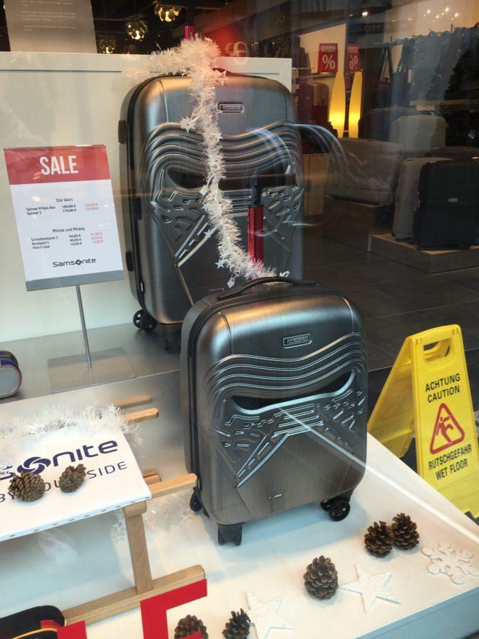 Badass matkalaukkuja Samsonitella