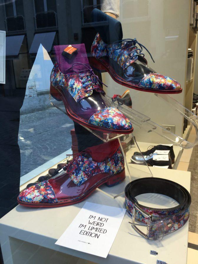 Nähtiin aika stylet, läpinäkyvät kengät :D